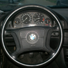 Volan BMW E39 in stare buna. - Dezmembrari BMW