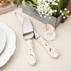 Design de epocă server de tort de fildeș antic și tort set cuțit - Carte design vestimentar