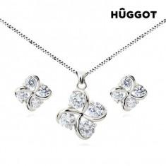 Set Placat cu Rodiu: Pandantiv şi Cercei cu Zirconii Clover Hûggot (45 cm) - Set bijuterii handmade si fashion