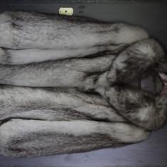 Haina blana din vulpe argintie - haina de blana