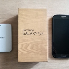Samsung Galaxy S4 16GB + baterie suplimentara - Telefon mobil Samsung Galaxy S4, Negru, Neblocat, Single SIM