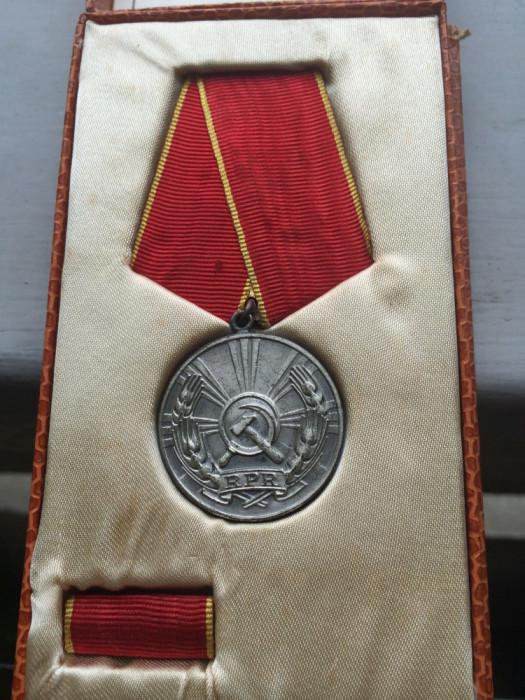Medalia Muncii 1964 foto mare