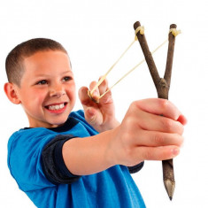 Creion Praștie - Creion contur buze