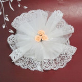 Alb Crystal & Laced Edge Ready Made in gratiile cu 3 Peach Ribbon Roses - Inel Swarovski