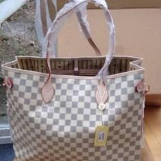 Geanta Louis Vuitton Neverfull Piele Eco Alba - Geanta Dama Louis Vuitton, Marime: Mare