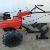 Rractoras cu Plug, Motocultor