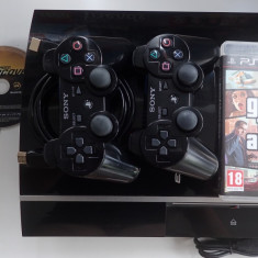 Consola Sony PS3 PlayStation 3 impecabila + jocuri FIFA NFS GTA 2x Gamepad 80Gb