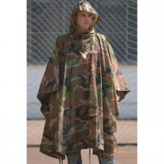 MFH Pelerina Militara US Poncho Woodland 08524T marime universala - Pelerina ploaie