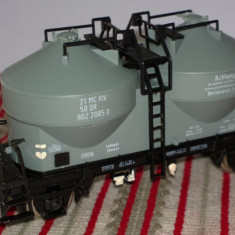 Lot 2 vagoane:  de marfa + calatori  / HO / F710, 1:87, Piko