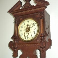 DEOSEBIT!..Pendula, ceas de perete antic cu 2 greutati