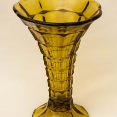 Vaza veche din sticla - model 2 - Vaza sticla