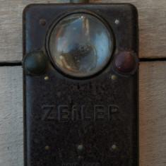 RARĂ! LANTERNĂ MILITARĂ GERMANĂ WWII - ZEILER - WEHRMACHT, BACHELITĂ - 2 FILTRE!