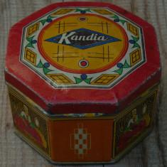 CUTIE ROMÂNEASCĂ OCTOGONALĂ DIN TABLĂ DE LA BOMBOANE MARCA KANDIA - VECHE! - Cutie Reclama