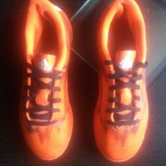 Adidas originali,low top,nr.36-22,5 cm.