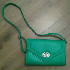 Geanta tip postas, culoare verde - Geanta Dama, Marime: Medie