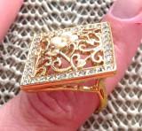 Inel -marimea 8, 18 mm  -placat cu aur 18K si Swarovski