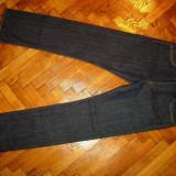 Blugi LEVIS 501-Marimea W30xL32 (talie-80cm, lungime-106cm) - Blugi barbati Levi's, Culoare: Din imagine, Prespalat, Drepti, Normal