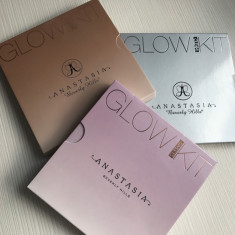 Trusa machiaj Glow Kit 4 pudre Highlighter Anastasia - model la alegere - Blush