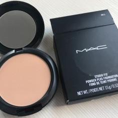 Pudra Mac Cosmetics Mac Studio Fix Powder Plus Foundation Nuanta NW25, Compacta