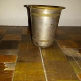 Pahar alama argintata - Metal/Fonta