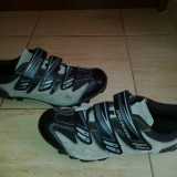 Pantofi ciclism teren marca Specialized marimea 43 - Echipament Ciclism