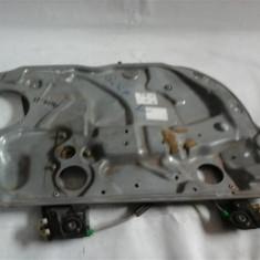 Panou usa cu macara electrica(fara motoras) stg fata VW polo 9N an 2001-2008 cod 6Q4837755 - Macara geam
