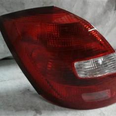 Stop stanga spate Skoda Fabia2 Hatchback An 2007-2013 cod 5J69451111
