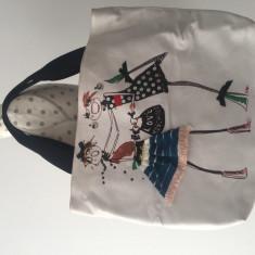 Geanta Moschino - Geanta Dama Moschino, Culoare: Alb, Marime: Supradimensionata
