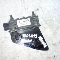 Senzor de impact Nissan Navara2 An 1997-2005 cod 0285008002