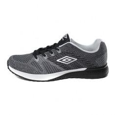 Pantofi sport pentru barbati Umbro Dazzle (UMFM0077) - Pantofi barbat Umbro, Marime: 41, 42, 43, 44, 45, 46, Culoare: Negru