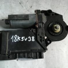 Motoras geam dreapta spate Vw Phaeton An 2002-2007 cod 3D09597046