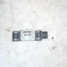 Senzor de impact Nissan Navara2 An 1997-2005 cod 0285008002 - Sonde auto