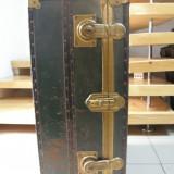 CUFAR DE VOIAJ DIN METAL, VECHI - Metal/Fonta
