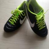 Ghete fotbal Nike, Marime: 34, Culoare: Negru