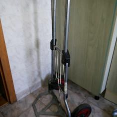 Carucior german, pliabil, pentru transportat greutati, bagaje, lazi, etc