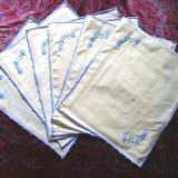 SET 6 SERVETE DE MASA COLORATE, LUCRATE MANUAL CU BRODERIE, Dimens. 43 x 37 cm - tesatura textila