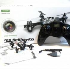 Drona zburatoare spion cu camera video si 4 elice rezerva