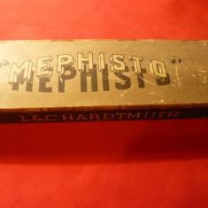 Cutie veche carton L&C Hardmuth Mephisto cu 12 creioane Cehoslovacia