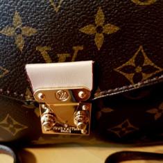 GENTI LOUIS VUITTON /NEW MODEL /CALITATE A+++/FRANTA/LOGO AURIU/CUREA DETASABILA - Geanta Dama Louis Vuitton, Culoare: Din imagine, Marime: One size