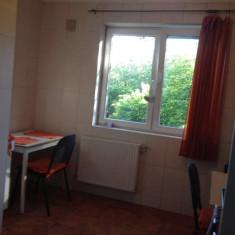 Particular inchiriez ap 3 camere - Apartament de inchiriat, 60 mp, Numar camere: 2, An constructie: 1977, Etajul 2