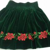 Fusta din catifea brodata cu flori, Marime: 46, Culoare: Verde