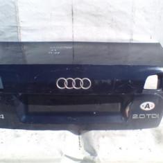 Capota portbagaj Audi A4 B7 An 2004-2008, atinsa in partea dreapta sub lampa de stop