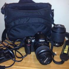 Nikon D40 Body + obiectiv 18-55, Geanta Nikon, telecomanda, card 4 GB