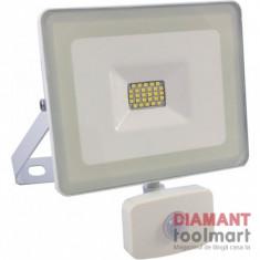 PROIECTOR LED SMD 20 W / 6400 K SENZOR IP 44 //SPN7656