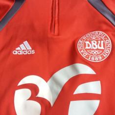 Bluze sport nationala danemarca - Bluza barbati Adidas, Marime: 42-46, Culoare: Rosu