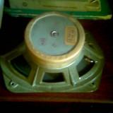 Difuzoare 5w/4ohm si 2 medii de 4ohmi/5w.