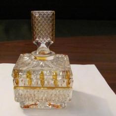 CY - Bomboniera cristal foarte frumoasa - Arta din Sticla
