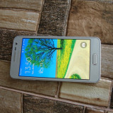 "SAMSUNG A3 - smartphone 4G decodat - display 4.5"" inch - quadcore IMPECABIL ! - Telefon Samsung, Neblocat, Single SIM, 1.5 GB"