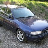 Dezmembrez opel astra f caravan 1.8 16v an 1997 - Dezmembrari Opel
