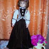 Papusa portelan-Miss Clarisa - Papusa de colectie